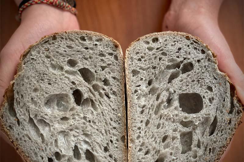 Kruh sive barve - recepti